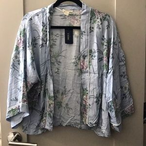 NWT forever21 floral kimono